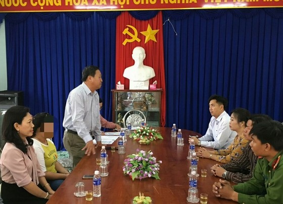 """Cà Mau: Tiếp nhận em gái bị bán vào """"động"""" massage ở Campuchia ảnh 1"""