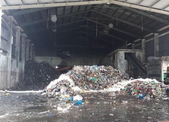 Nhà máy xử lý rác thải TP Cà Mau phát hiện hơn 300 xác thai nhi từ khi đi vào hoạt động ảnh 1