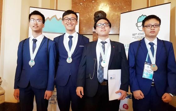 Việt Nam đoạt 1 Huy chương Vàng tại Olympic Hoá học quốc tế năm 2018 ảnh 1