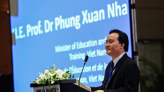 Bộ trưởng GD-ĐT Phùng Xuân Nhạ: Giáo dục là con đường dẫn đến sự thay đổi  ảnh 2