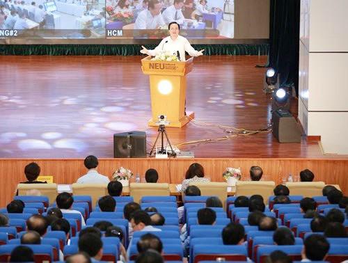 Bộ trưởng Bộ GD-ĐT: Trường đại học chất lượng kém, không cải thiện được phải đóng cửa ảnh 1