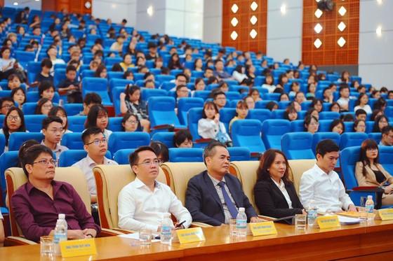 Phát động cuộc thi 'Tài năng thương mại điện tử xuyên biên giới Việt Nam 2019' ảnh 1