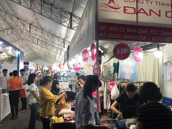 Hội chợ Xúc tiến tiêu dùng TPHCM 2018 thu hút 220 doanh nghiệp ảnh 1