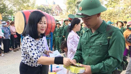 4.470 thanh niên TPHCM lên đường gánh vác trọng trách bảo vệ Tổ quốc ảnh 4