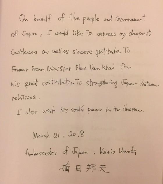 Nhiều đoàn ngoại giao đến viếng nguyên Thủ tướng Phan Văn Khải ảnh 7