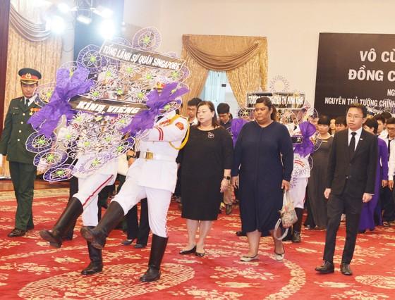 Nhiều đoàn ngoại giao đến viếng nguyên Thủ tướng Phan Văn Khải ảnh 8