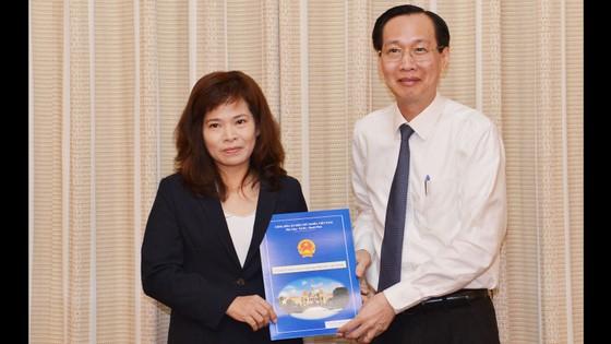Bà Huỳnh Thị Thanh Hiền được bổ nhiệm làm Phó Giám đốc Sở Tài chính TPHCM ảnh 1