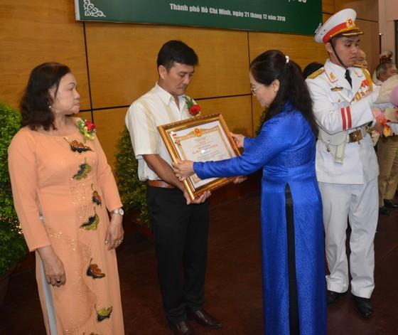 16 mẹ được truy tặng danh hiệu Bà Mẹ Việt Nam Anh hùng ảnh 1