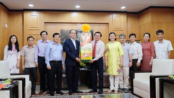 Bí thư Thành ủy TPHCM Nguyễn Thiện Nhân: Báo SGGP góp phần gia tốc sự tăng tốc của TPHCM ảnh 1