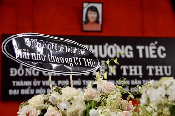 Bí thư Thành ủy TPHCM Nguyễn Thiện Nhân viếng Phó Chủ tịch UBND TPHCM Nguyễn Thị Thu ảnh 9