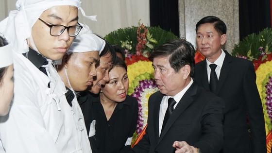 Bí thư Thành ủy TPHCM Nguyễn Thiện Nhân viếng Phó Chủ tịch UBND TPHCM Nguyễn Thị Thu ảnh 11