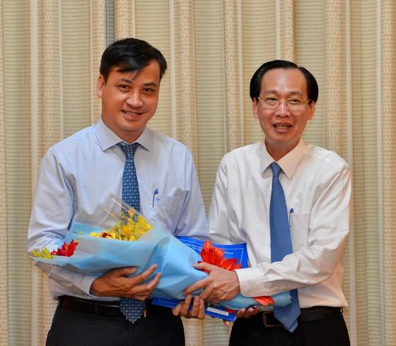 Chủ tịch UBND quận 7 Lê Hòa Bình làm Giám đốc Sở Xây dựng TPHCM ảnh 1