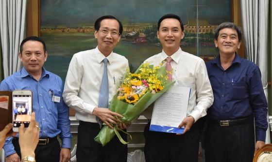Ông Mai Hữu Quyết giữ chức Phó Chánh Văn phòng UBND TPHCM ảnh 1