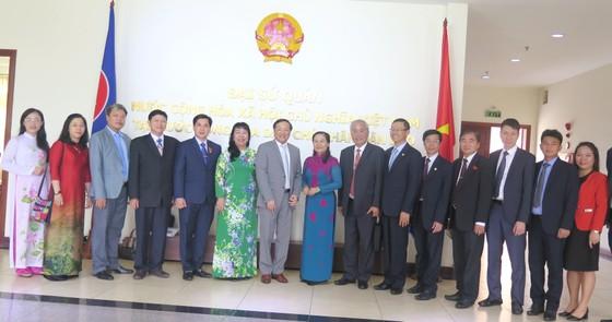 Đoàn đại biểu cấp cao TPHCM bắt đầu chuyến thăm Lào ảnh 5