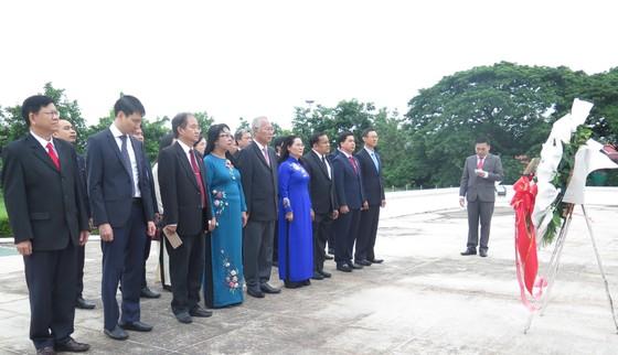 Đề nghị HĐND TPHCM giúp Lào cách thu ngân sách trong lĩnh vực bất động sản ảnh 4