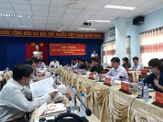 Thị xã Tân Uyên: Chi hơn gần 12 tỷ đồng chăm lo tết cho người chính sách ảnh 1