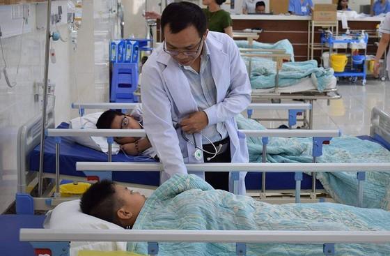 21 học sinh nhập viện cấp cứu sau bữa trưa tại nhà cô giáo ảnh 1