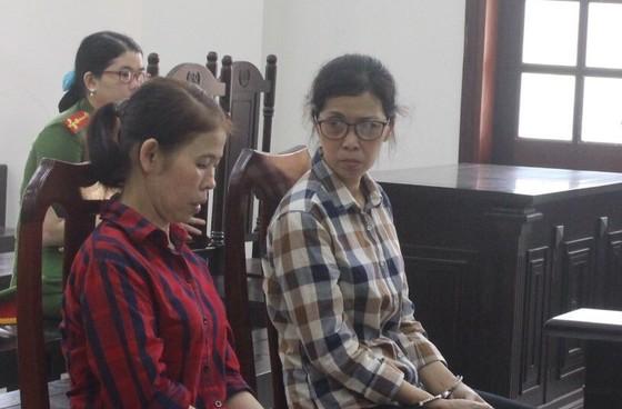 Hai bị cáo rải truyền đơn chống phá nhà nước hầu tòa ảnh 1