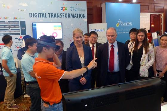 Việt Nam có thể đứng trên vai những người khổng lồ để phát triển trí tuệ nhân tạo ảnh 2