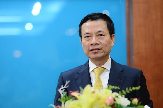 Thiếu tướng Nguyễn Mạnh Hùng chính thức đảm nhiệm quyền Bộ trưởng, Bí thư Ban cán sự đảng Bộ TT-TT ảnh 2
