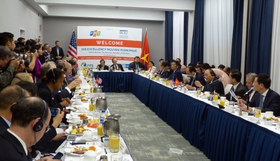 Thủ tướng Nguyễn Xuân Phúc gặp gỡ cộng đồng doanh nghiệp Hoa Kỳ ảnh 3