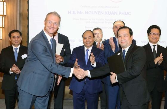 VNPT ký kết nhiều thỏa thuận hợp tác quan trọng với đối tác châu Âu ảnh 2