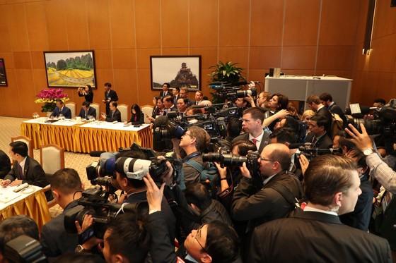 Thủ tướng Nguyễn Xuân Phúc hội kiến Tổng thống Donald Trump ảnh 13