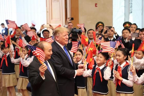 Thủ tướng Nguyễn Xuân Phúc hội kiến Tổng thống Donald Trump ảnh 7