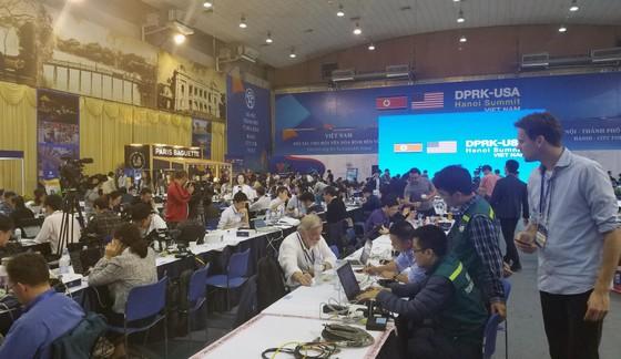 Việt Nam sẽ tiếp tục kiến tạo, phối hợp thúc đẩy tiến trình hòa bình trên bán đảo Triều Tiên ảnh 2