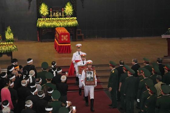 Tiễn đưa Trung tướng Đồng Sỹ Nguyên về nơi an nghỉ cuối cùng ảnh 2