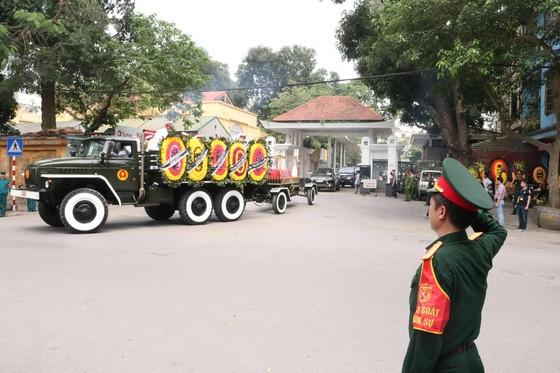 Tiễn đưa Trung tướng Đồng Sỹ Nguyên về nơi an nghỉ cuối cùng ảnh 9