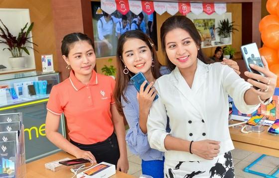 Vingroup bắt đầu bán điện thoại Vsmart tại thị trường Myanmar ảnh 2