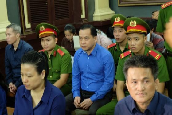 """Vụ gây thiệt hại 3.608 tỷ đồng tại Ngân hàng TMCP Đông Á: Vũ """"nhôm"""" khẳng định mình không phạm tội ảnh 1"""