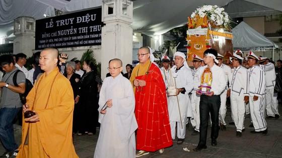 Lễ truy điệu và di quan Phó Chủ tịch UBND TPHCM Nguyễn Thị Thu ảnh 13