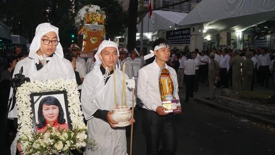 Lễ truy điệu và di quan Phó Chủ tịch UBND TPHCM Nguyễn Thị Thu ảnh 14