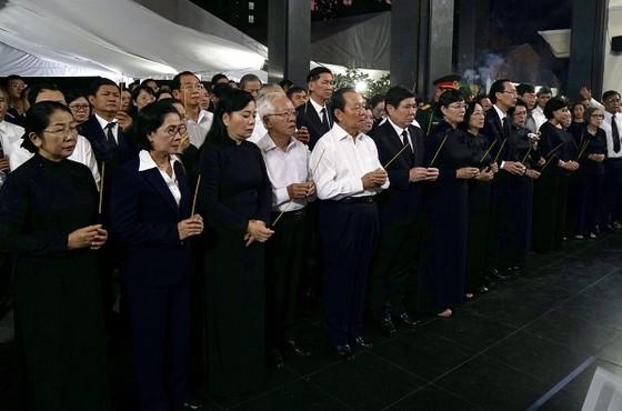 Lễ truy điệu và di quan Phó Chủ tịch UBND TPHCM Nguyễn Thị Thu ảnh 1