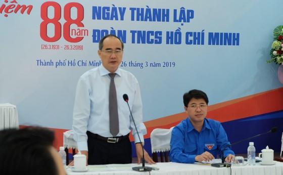 Bí thư Thành ủy TPHCM Nguyễn Thiện Nhân thăm và chúc mừng Thành đoàn TPHCM  ảnh 1