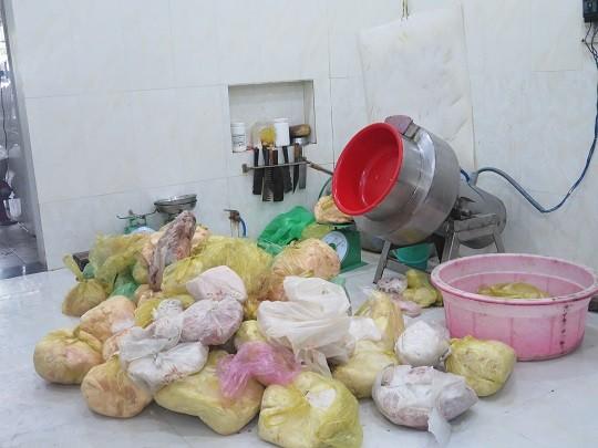 Xử phạt cơ sở sản xuất thực phẩm chức năng giả hơn 114 triệu đồng ảnh 1