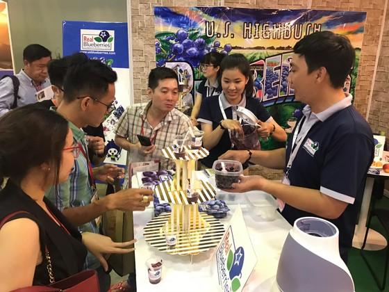 Nhiều sản phẩm nông nghiệp nước ngoài xuất hiện tại hội chợ thực phẩm ảnh 2