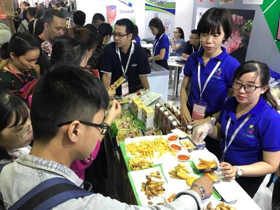 Nhiều sản phẩm nông nghiệp nước ngoài xuất hiện tại hội chợ thực phẩm ảnh 3