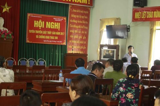 Quảng Ngãi: Giải đáp nhiều thắc mắc ngư dân về chống khai thác IUU và hoạt động nghề cá ảnh 1