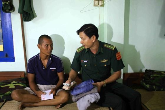 Quảng Ngãi: 20 năm thực hiện pháp lệnh Bộ đội Biên phòng ảnh 2
