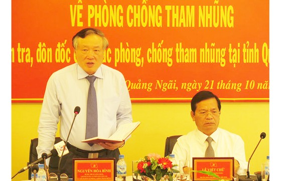 Đồng chí Nguyễn Hòa Bình làm việc với tỉnh Quảng Ngãi về phòng chống tham nhũng ảnh 2