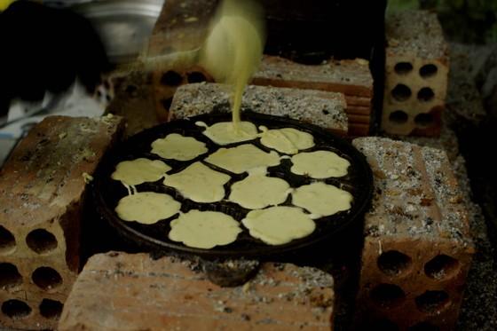 Làng đúc bánh thuẫn Quảng Ngãi vào tết ảnh 1