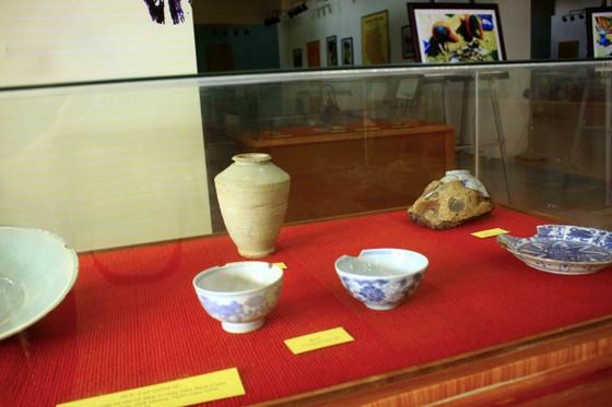 Trưng bày Bảo vật Quốc gia và hiện vật tàu cổ đắm trên vùng biển Quảng Ngãi ảnh 6
