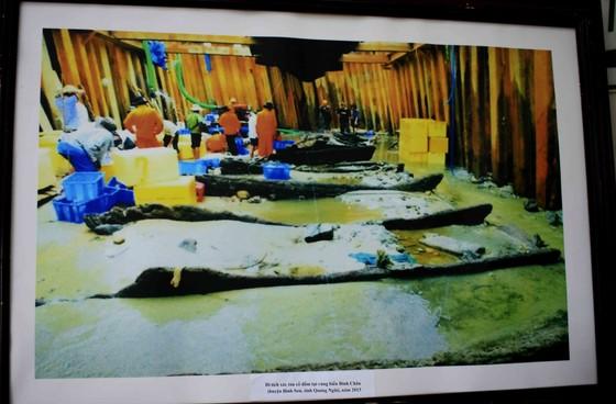 Trưng bày Bảo vật Quốc gia và hiện vật tàu cổ đắm trên vùng biển Quảng Ngãi ảnh 3