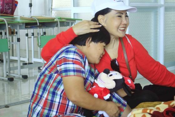 Tết với trẻ em ở Cô nhi viện Phú Hòa ảnh 2