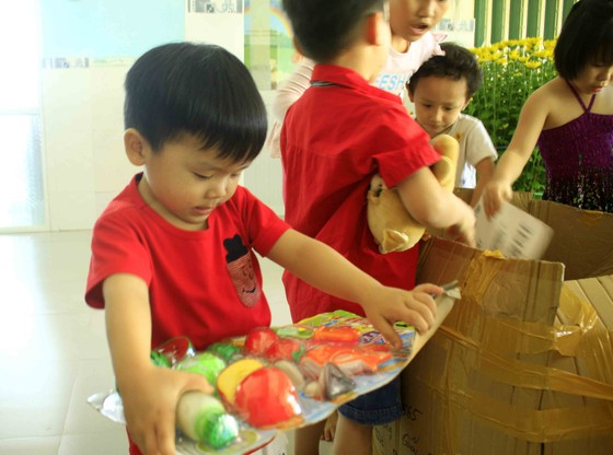 Tết với trẻ em ở Cô nhi viện Phú Hòa ảnh 1