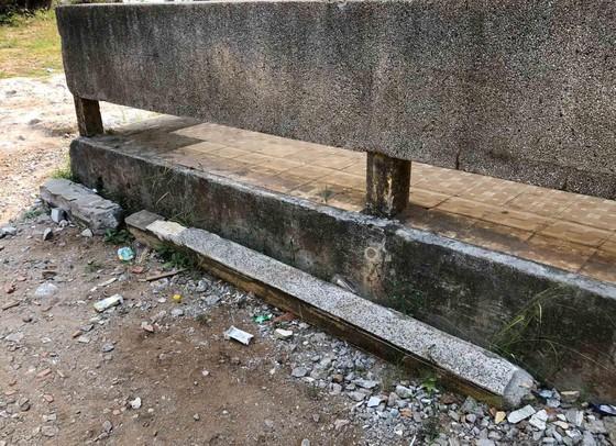 Quảng Ngãi: Trường THPT Lý Sơn xuống cấp, có nguy cơ đổ sập ảnh 2