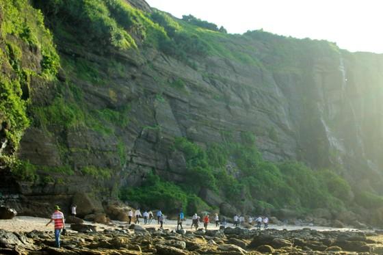 Khẩn trương hoàn thiện hồ sơ Công viên địa chất Lý Sơn-Sa Huỳnh ảnh 2